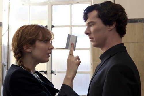 Sherlock দেওয়ালপত্র possibly with a cleaver and an ice lolly called The Reichenbach Fall