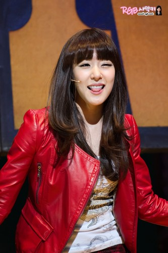 Tiffany @ Fame Musical Performance Pictures HD