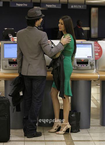 और Ian/Nina airport pics. ♥