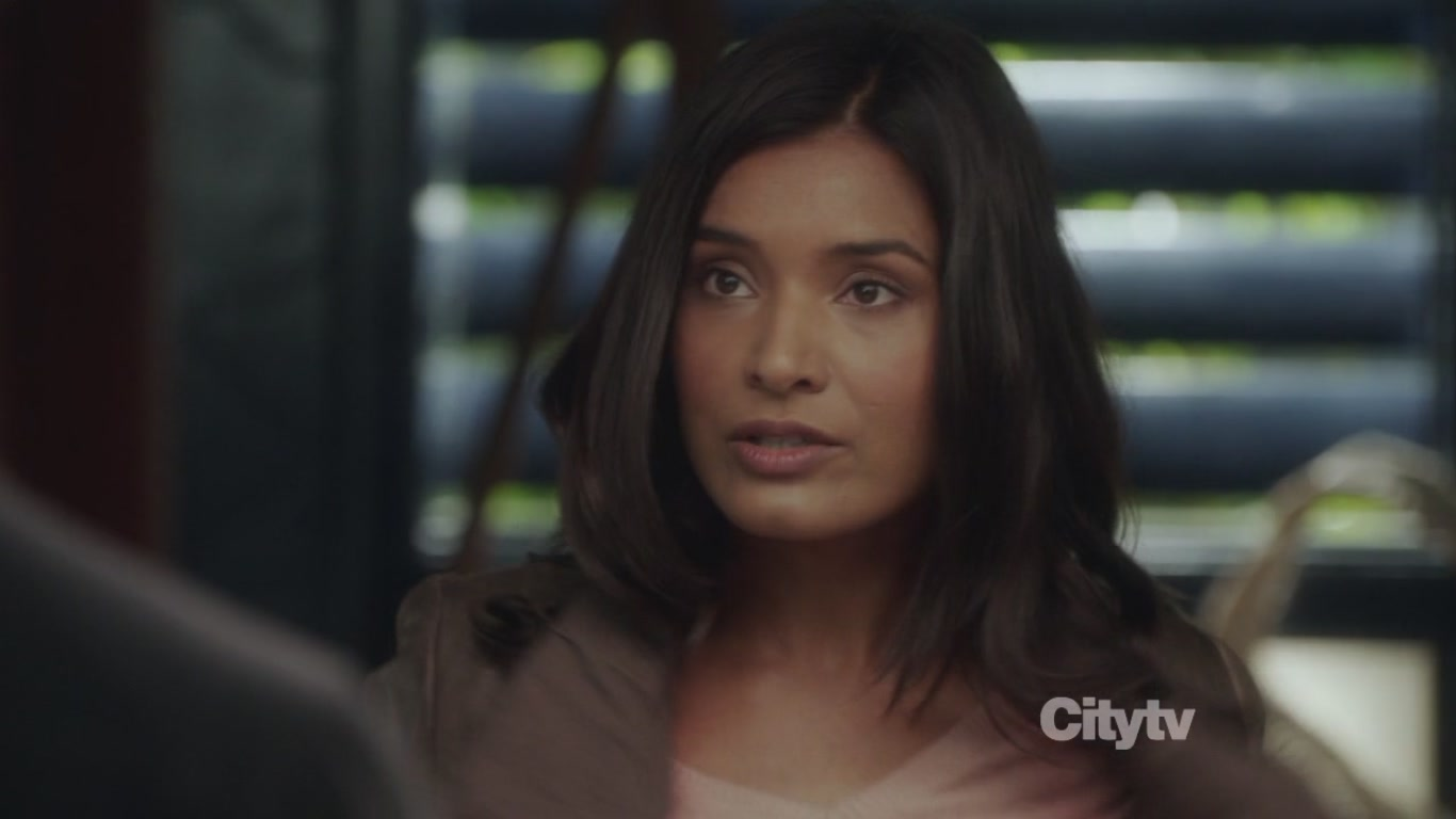 Shelley Conn Net Worth