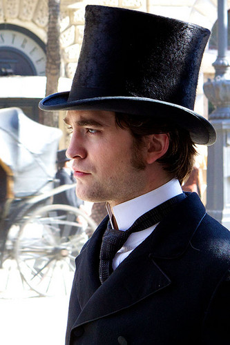 "*NEW* Gorgeous Robert Pattinson ""Bel Ami"" Stills"