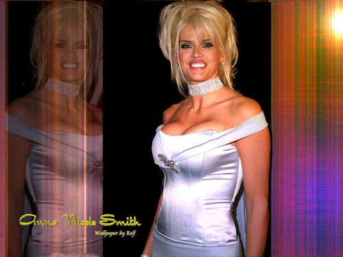 Anna Nicole Smith (November 28, 1967 – February 8, 2007)