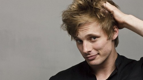 Bradley James wallpaper with a portrait entitled Bradley James♥