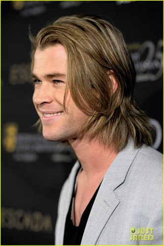 Chris Hemsworth 2012 照片