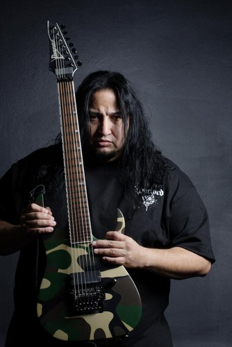 Fear Factory wolpeyper entitled Dino Cazares