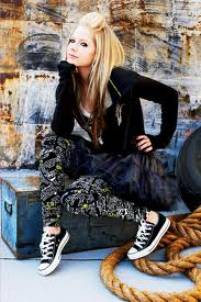 Hairstyles  - avril-lavigne-hairstyle Photo