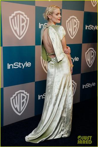 Jaime King & Felicity Jones: Golden Globe Gals!