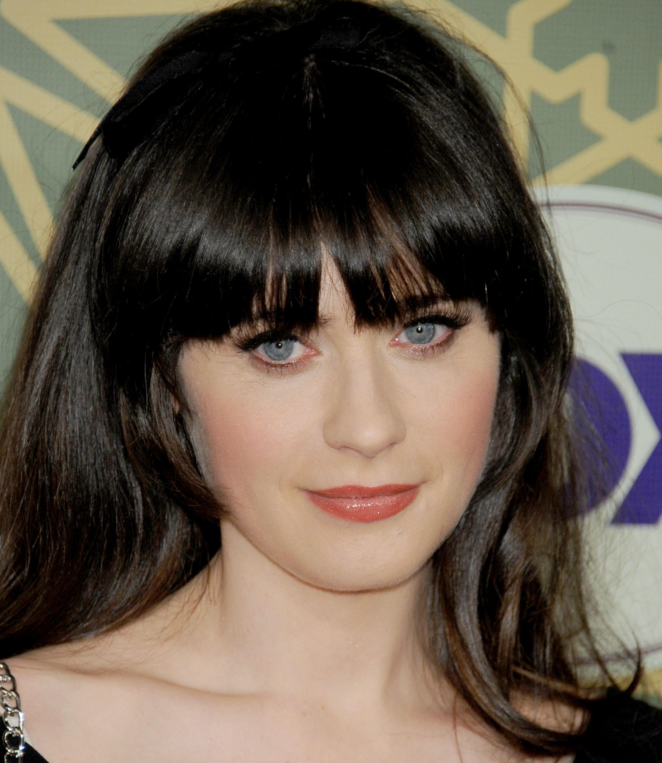 Jan-08-FOX-All-Star-Party-zooey-deschane