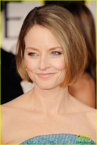 Jodie Foster - Golden Globes 2012 Red Carpet