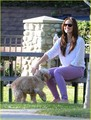 Minka Kelly: Dog دن Afternoon