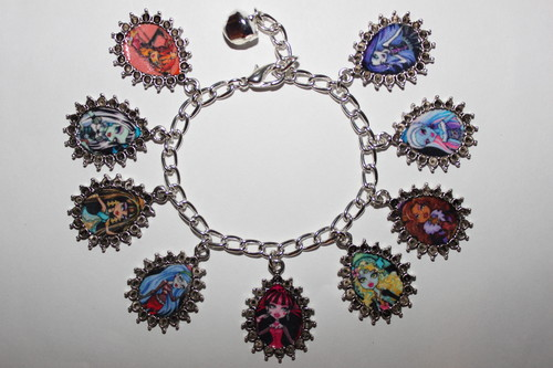 Monster High Adjustable Charm Bracelet