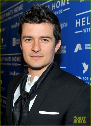 Orlando Bloom: Haiti Relief!
