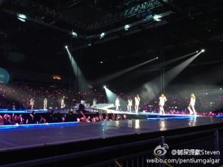SNSD @ Girls Generation 2nd Tour in Hong Kong Concer (Fantaken)