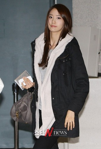 SNSD @ Incheon Airport News Pictorial