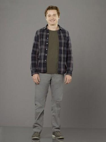 Season 3 - Cast Promotional foto - Dan Byrd