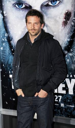 Stars at the LA Premiere of 'The Grey'