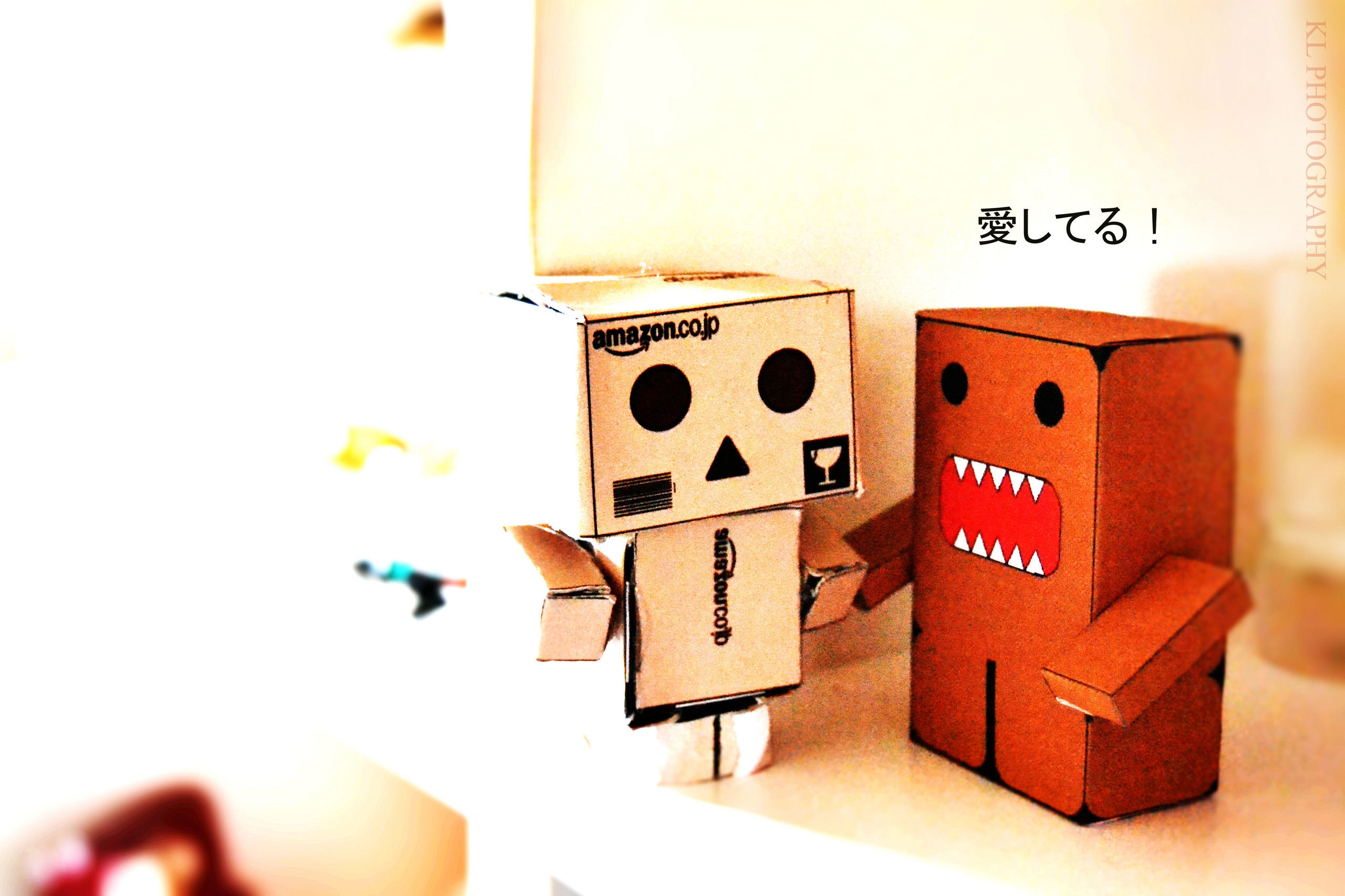 cardboard robot wallpaper hd - photo #36