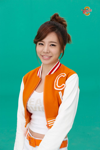 sunny SNSD @ Vita500 Promotion Pictures