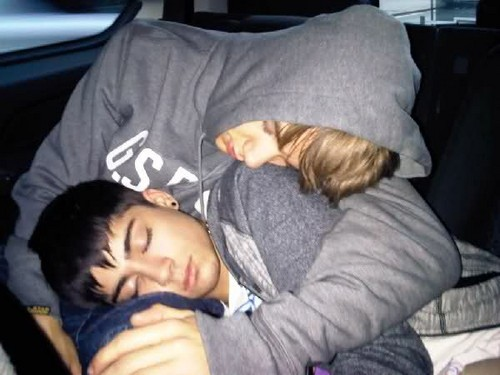Zayn Malik fond d'écran probably containing a neonate entitled ♥ Zayn and Liam ♥