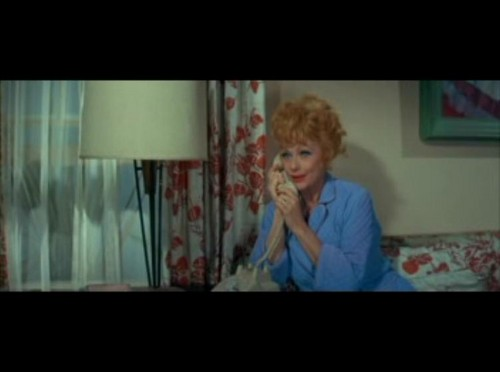 Lucille Ball پیپر وال probably with a family room and a living room called A Guide for the Married Man