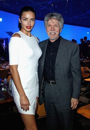 Adriana Lima attends the IWC Schaffhausen 上, ページのトップへ Gun Gala Event in Geneva, January 17 2012