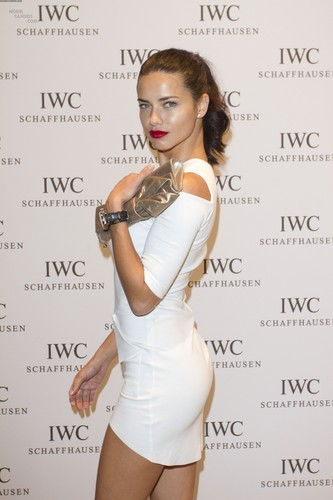 Adriana Lima attends the IWC Schaffhausen topo, início Gun Gala Event in Geneva, January 17 2012