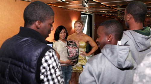 Beth Phoenix's National Guard meet-and-greet in Memphis, Tenn.