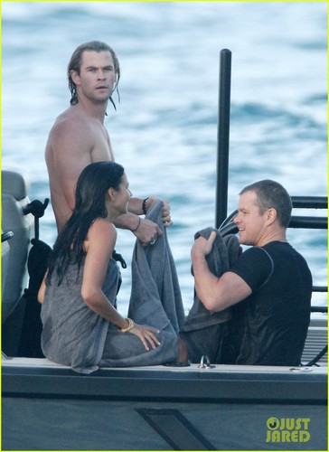 Chris Hemsworth & Elsa Pataky: tabing-dagat Fun in the Sun!