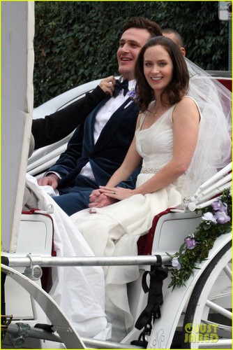 Emily Blunt & Jason Segel: 'Engagement' Reshoots!