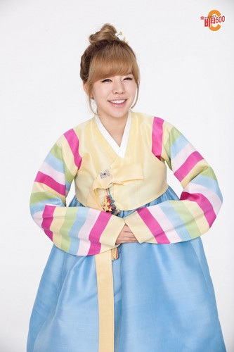 Girls' Generation Vita500 Hanbok