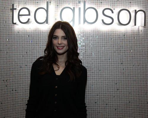 madami mga litrato of Ashley at the Ted Gibson Salon VIP prebiyu at W Fort Lauderdale, NYC