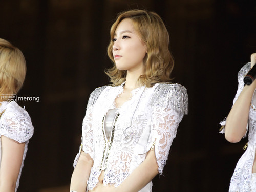 Taeyeon @ 2012 Girls Generation Tour in Hongkong