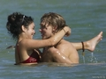 Vanessa Hudgens And Austin Butler Getting Intimate In Hawaii - vanessa-hudgens photo