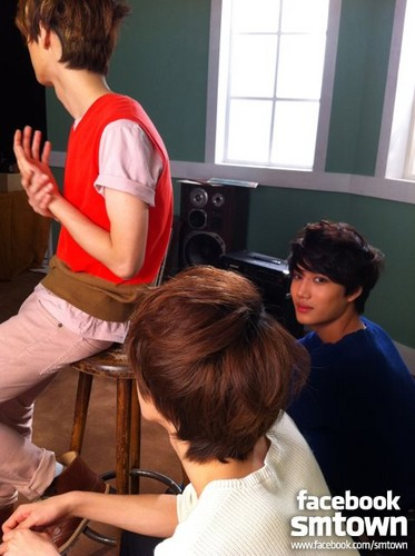 W Live KAI &amp; Se Han &amp; Lu Han - exo-m Photo