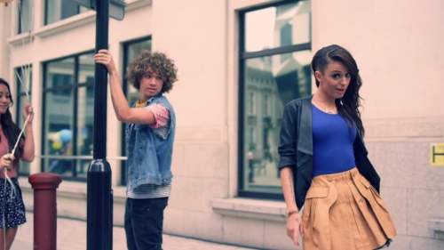 With Ur Love [Music Video] - cher-lloyd Screencap