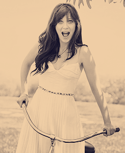 ZOOEY - zooey-deschanel Fan Art