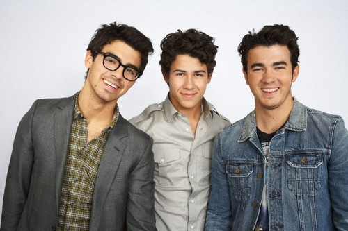 The Jonas Brothers wallpaper probably with a business suit and a well dressed person entitled jonas brothers