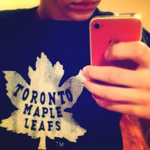 justinbieber I rep my team.. #swag