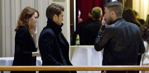 Andrew Garfield and Emma Stone karatasi la kupamba ukuta called A&E in Moscow