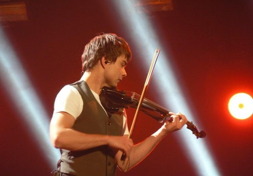 Alexander Rybak wallpaper containing a violist entitled Alex, MGP Denmark 21/01/2012!
