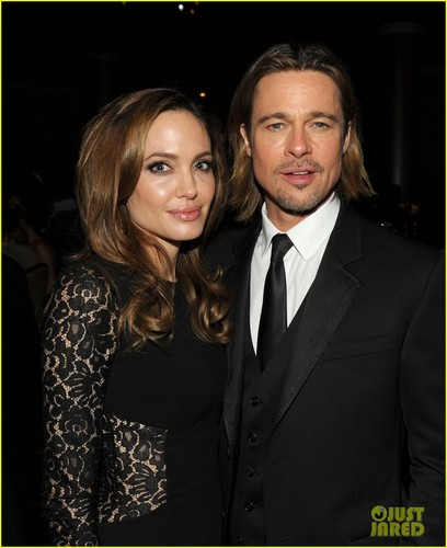 Angelina Jolie: Producers Guild Awards with Brad Pitt!