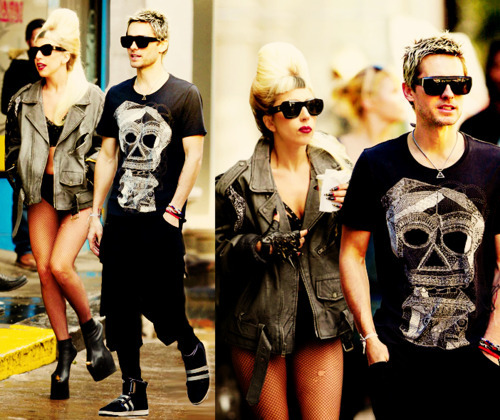 Maria(050801090907) wallpaper with sunglasses called Gaga&Leto