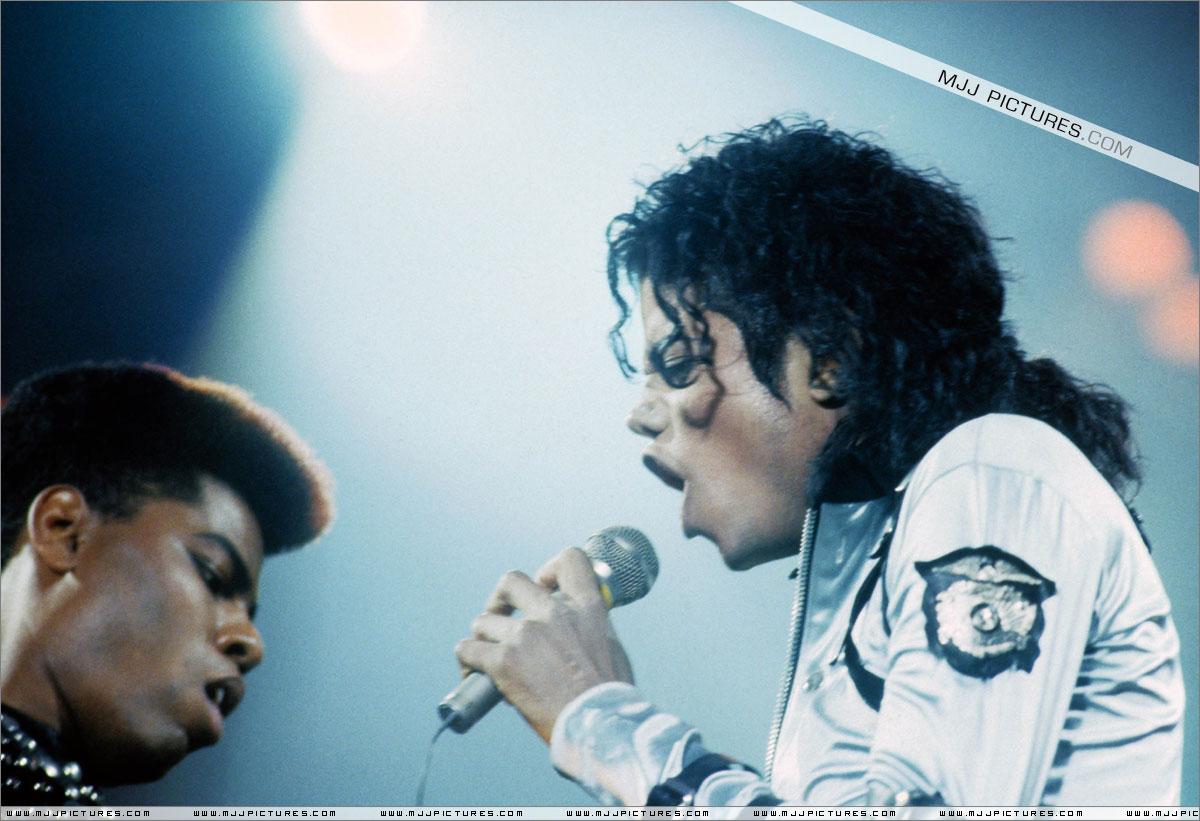 I WANT MJ SO BAD