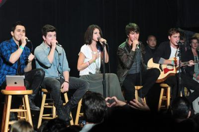 January 20, 2012 - Selena Gomez's 2nd Annual UNICEF Charity Concert - big-time-rush Photo