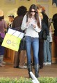 Kendall & Kylie Jenner shopping in Malibu, Jan 22 - kendall-jenner photo