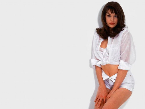 Liv Tyler वॉलपेपर possibly containing a chemise, a chemise, and a playsuit, नाटककार titled Liv