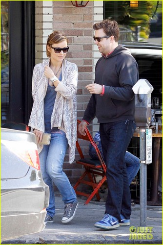 Olivia Wilde & Jason Sudeikis: Lunch at Little Dom's!