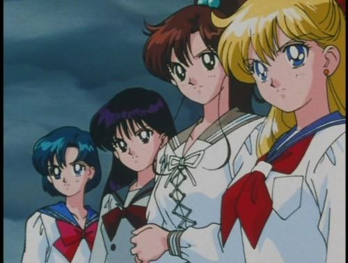 Sailor Moon پیپر وال containing عملی حکمت entitled Sailor Moon Supers