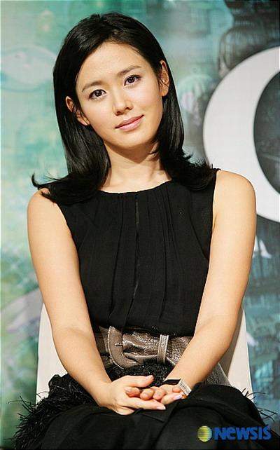 Son Ye Jin - Korean Actors and Actresses Photo (33017539