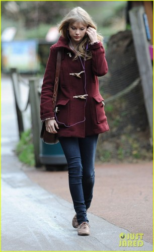 Taylor Swift: Londres Zoo Visit!